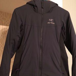 Women's small Atom LT jacket